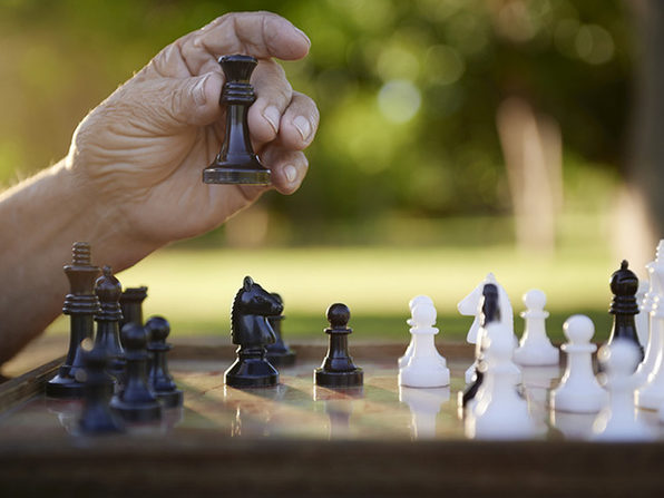 Learn Chess from a Grandmaster: Simon Williams - Product Image