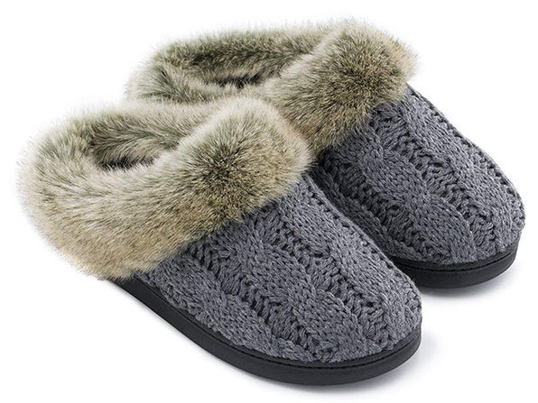 Women's Soft Yarn Cable Knitted Memory Foam Slippers (Gray)