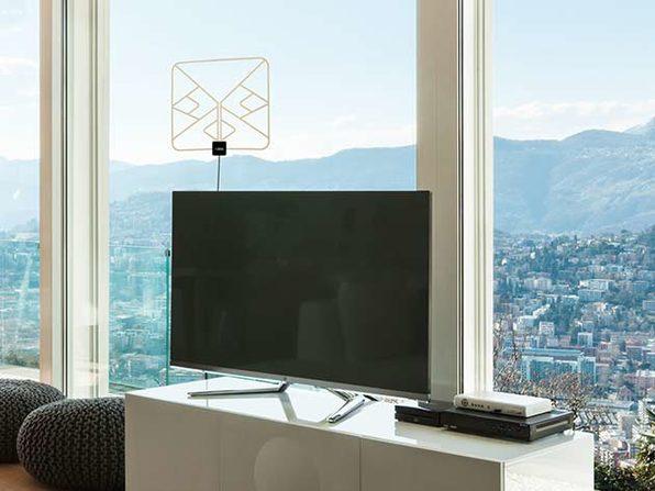Solid Signal HD-BLADE Slim HDTV Antenna