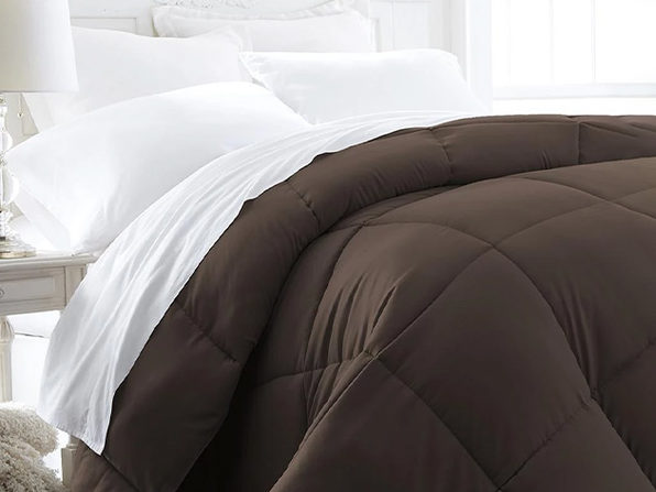 iEnjoy Home Down Alternative Chocolate Comforter (King)
