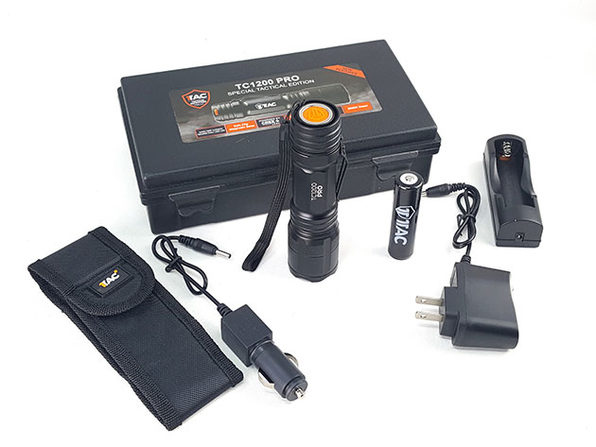 1TAC TC1200 Tactical Flashlight Kit