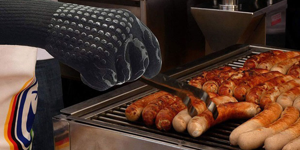 Heat Resistant BBQ Gloves, on sale for $15.99 (68% off)
