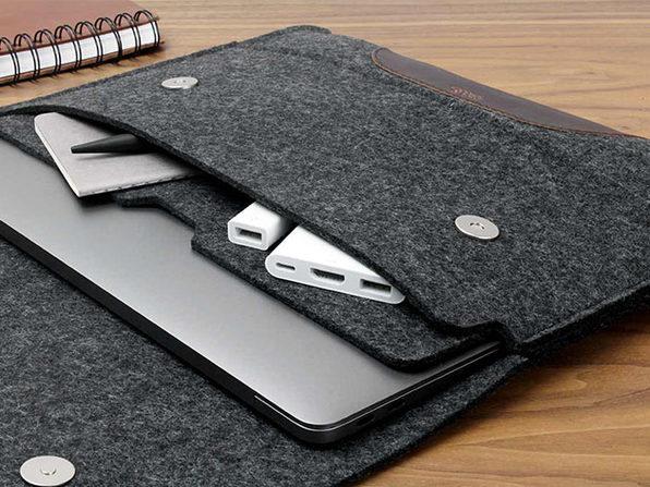 "Hampshire MacBook Pro/Air 13"" Sleeve (Dark Grey/Dark Brown)"