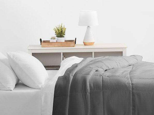 Home Collection All Season Down-Alternative Comforter (King/Gray)