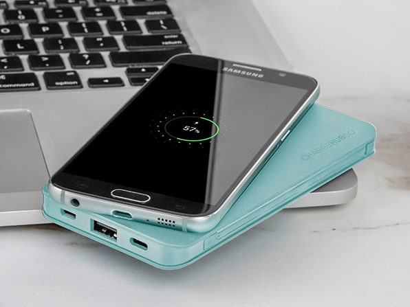 ChargeHubGO+ All-in-One Power Bank (Turquoise)