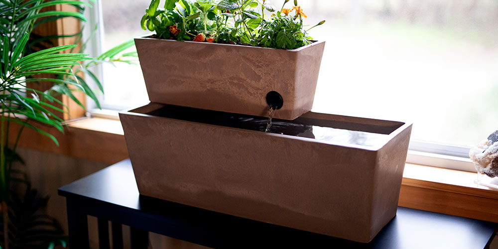 An aquaponics planter