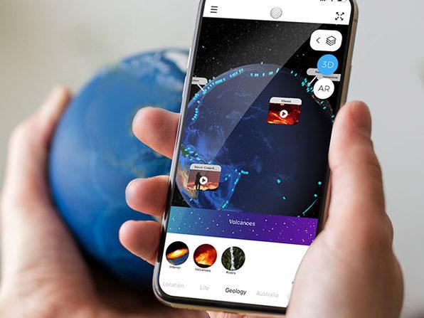 AstroReality EARTH: Augmented Reality Earth Model