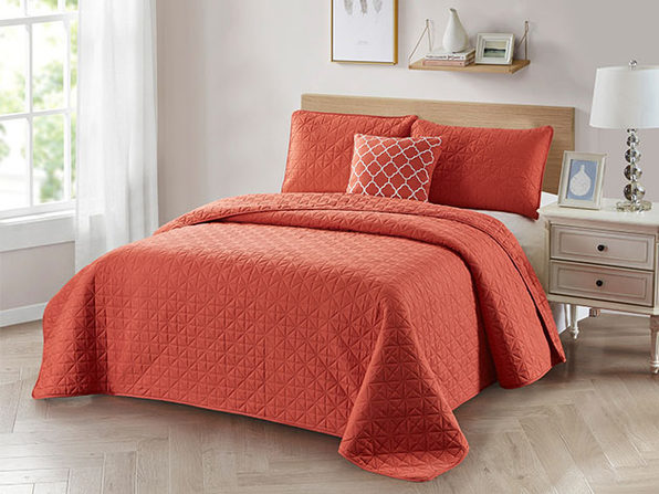 4-Piece Quilt Set with Embroidered  Pillow - Full/Queen - Coral - Product Image