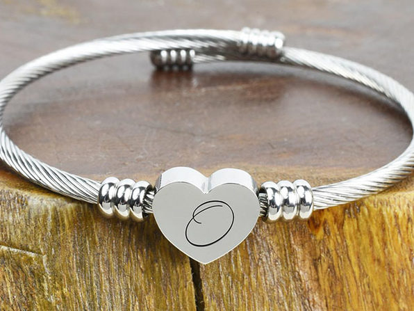 Heart Cable Initial Bracelet - O - Product Image