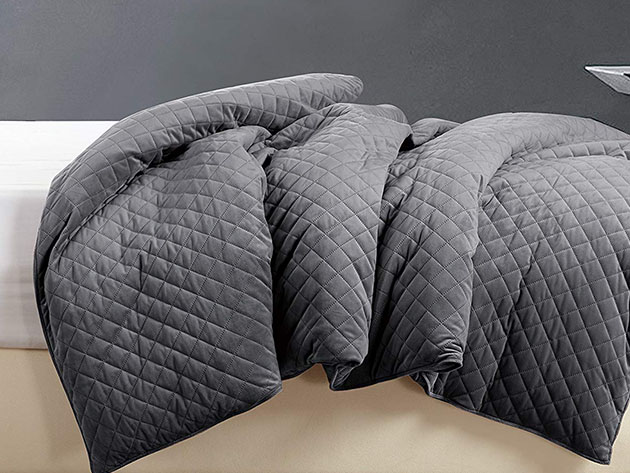BlanQuil™Quilted Weighted Blanket with Removable Cover