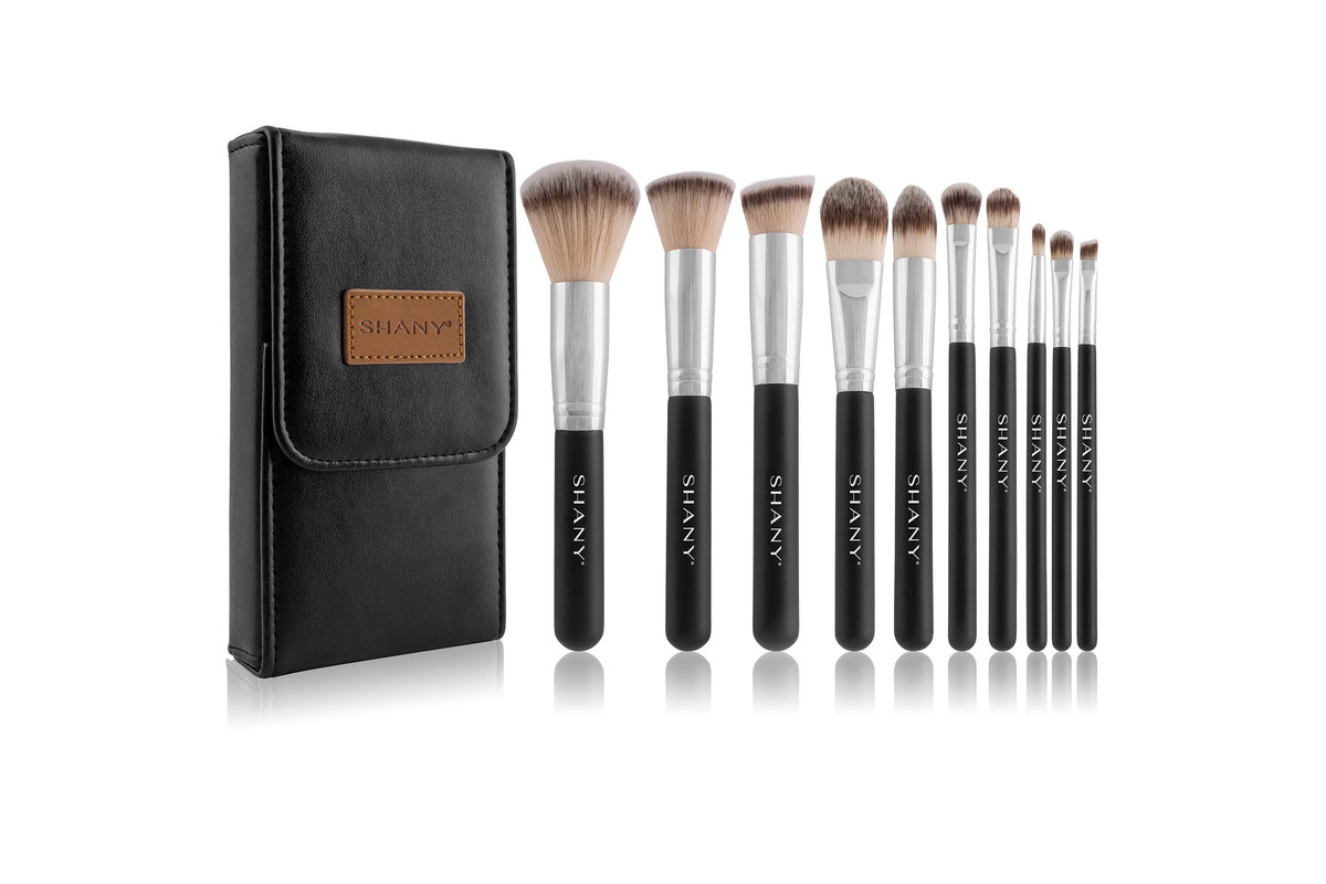 SHANY Black OMBRÉ Pro 10 PC Essential Brush Set with Travel Pouch, now on sale for $18.99
