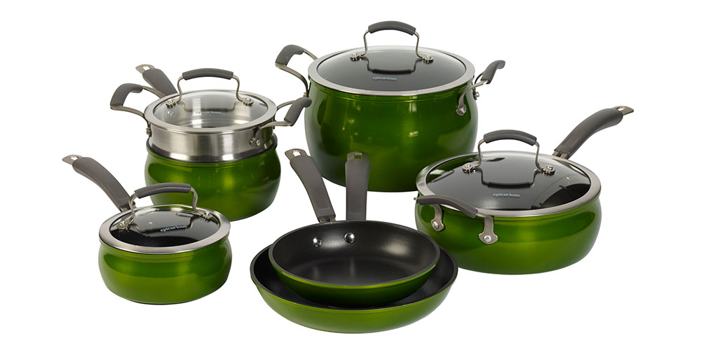 Six green pots and pans