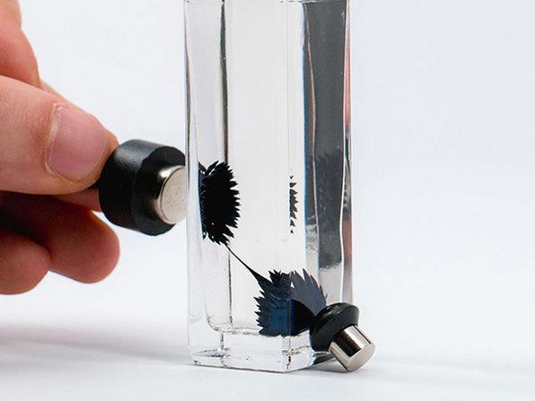 Motion Ferrofluid Liquid Desk Sculpture (30ml Blue)