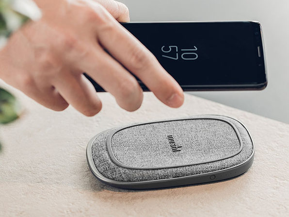 Porto Q 5K Portable Battery with Built-in Wireless Charger