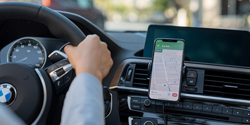 Hudly 10 W Fast Wireless Car Charger & Mount