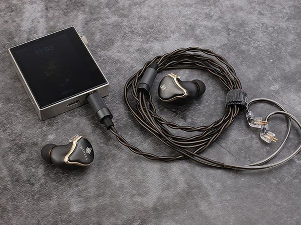 AP80 Portable Music Player (Stainless Steel, Silver)