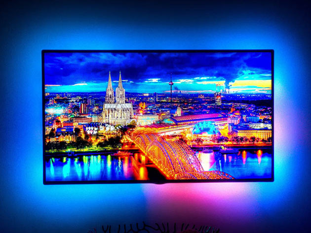 Enhance Your 4K TV Experience With DreamScreen Lighting | The Daily