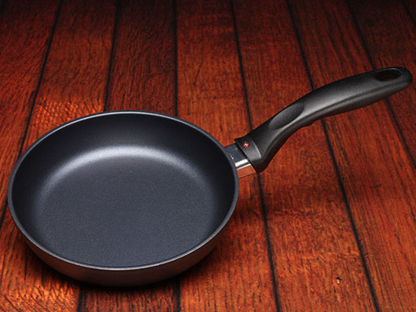 "Swiss Diamond® HD Classic 7"" Nonstick Fry Pan"