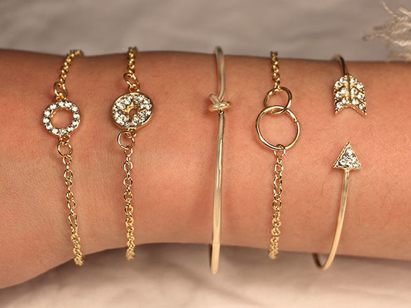 Pav'e Loveknot Bracelets: Set of 5 (Gold)