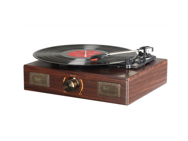 Enjoy Your Favorite Music The Old School Way With This Record Player 3