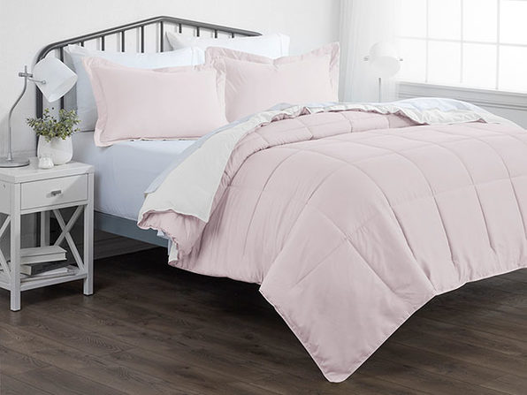 Down Alternative Reversible Comforter Set (Blush & White)