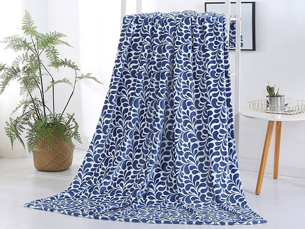 Paisley Plush Throw Blanket (Cobalt Blue)