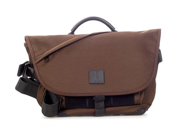 ALPAKA 7Ven Mini Messenger Bag (Brown)