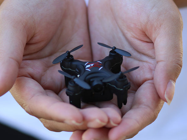 This One Touch Takeoff Drone Offers a Smooth Flight for Drone Pilots of All Levels